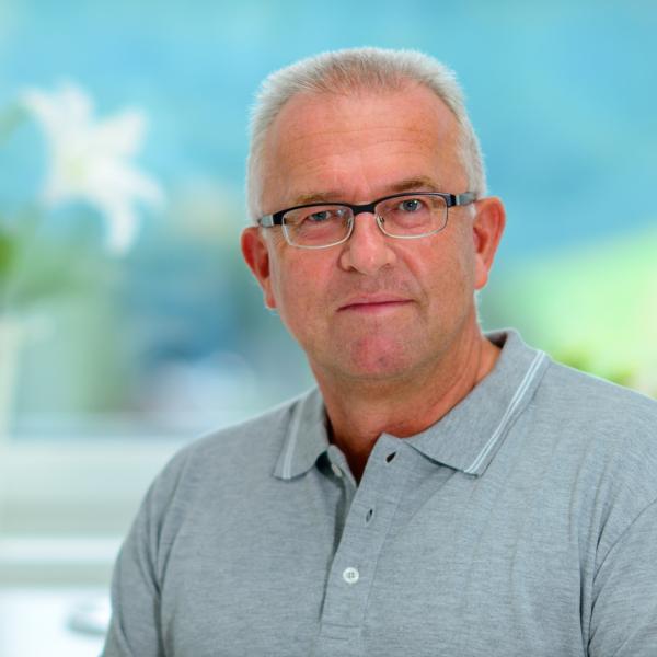 Dr. Johannes Eichhorn